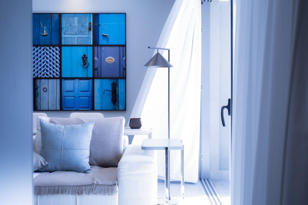 home interior blue design style